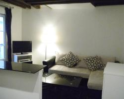 Nice Apartment in Montmartre-Abbesses