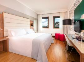 Hotel Photo: Tryp Santiago