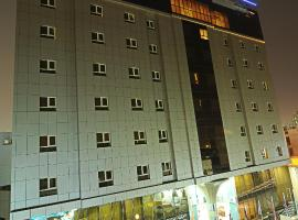 Hotel near  Doha Intl  airport:  Corp Executive Doha Suites