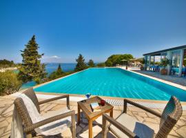Hotel Photo: Glyfada Beach Villas
