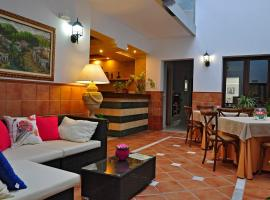 Hotel photo: Hotel & Spa PLAZA Arriate