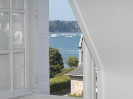 Hotel Photo: Appartement Solidor Vue Mer