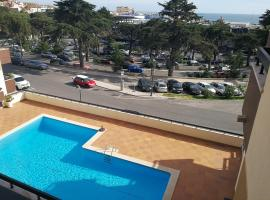 Hotel photo: Estoril Luxo Piscina