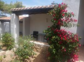 Hotel Photo: Hostal Cala Moli