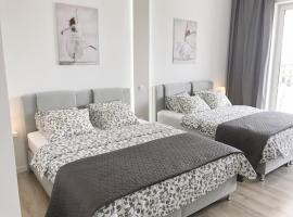 Hotel photo: Exclusive Apartments Smolna