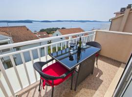Hotel photo: Apartments Roso Hvar