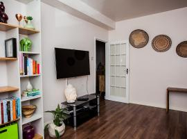 Hotel Photo: Pretty and Clean 2 Bed Flat Close to Tube