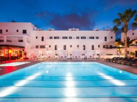 Hotel photo: Migjorn Ibiza Suites & Spa