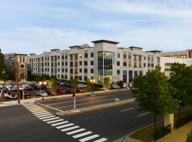 Hotel photo: Global Luxury Suites at Downtown Stamford