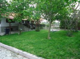 Hotel Photo: Vacation Home Glikeria