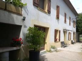 A picture of the hotel: Bastide Ecurie Massilia
