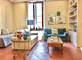 Classic Apartment Florence Italy