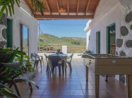 Hotel Photo: Holiday Home Cueva Rural El Caidero