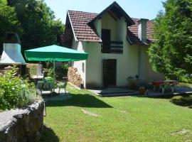 Hotel Photo: Holiday home uz Unu