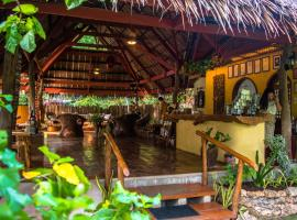 Hotel Photo: Oasis Beach and Dive Resort
