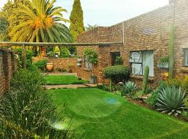 Hotel Photo: Midrand Guesthouse - TASA