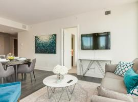 Hotel Photo: Most Luxurious 3 BD @ The Mark on Tenth