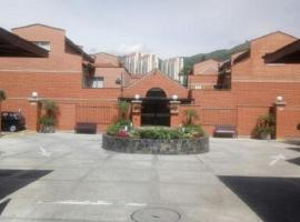 Hotel Photo: Comfortable 3 story house furnished BBQ & Jacuzzi