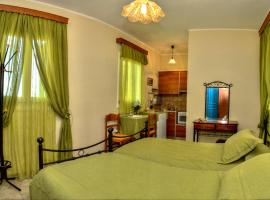 A picture of the hotel: Mainades Maisonettes & Studios