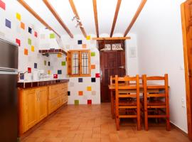 Hotel Photo: Poble Nou Apartments by HAPPYVILA