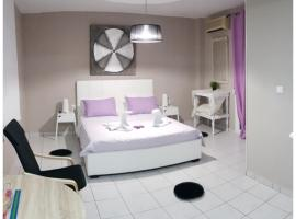 Hotel Photo: Kavala Deluxe Apartment