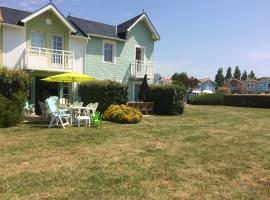 Hotel Photo: 3 bedrooms Holiday Home Golf Resort Port-Bourgenay
