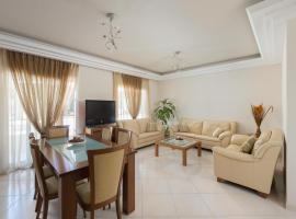 Hotel Photo: 3 bedrooms apartment near the sea of Kremasti