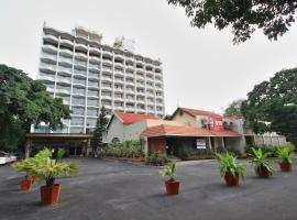 A picture of the hotel: OYO 4292 Woodlands