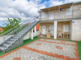 Hotel Photo: Holiday Home Vinko