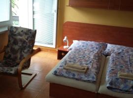 Hotel Photo: Garni Hotel Sonata