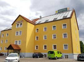 A picture of the hotel: OEKOTEL Korneuburg
