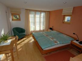 Hotel Photo: Pension Chalet Berkana