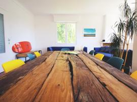 Hotel Photo: Hah Lay surf House