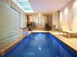 Foto do Hotel: Architect Designed Terrace + indoor jet pool on Alexandria