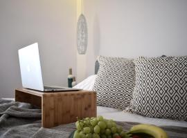 Hotel Photo: Meltemi Boutique by Manthos Hotels