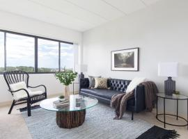 Hotel Photo: Two-Bedroom on Commonwealth Avenue Apt 1314