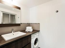 Hotel photo: Duplex evidence sainte anne - Premiere conciergerie