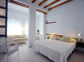 Hotel Photo: OttoH Charm Stay