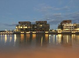 Hotel Photo: Boutique Properties Canberra Luxury Two Bedroom Harbour Suite Kingston Foreshore
