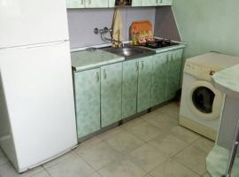A picture of the hotel: Apartment on Admirala Isakova 4/5