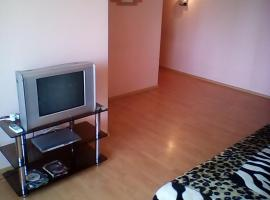 Hotel Photo: Apartment on Armii 64-125
