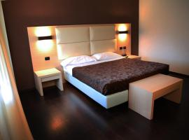 Hotel Photo: Hotel Sogni D'Oro Airport