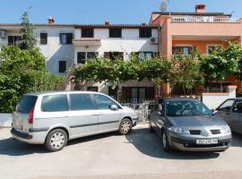 Hotel Photo: Two-Bedroom Apartment in Rovinj IV