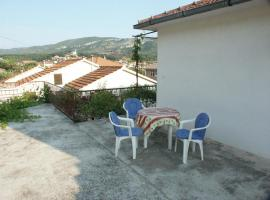 Hotel Photo: Apartment Jelsa 2059b