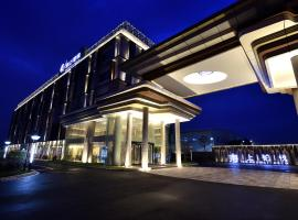 A picture of the hotel: SHANGHAI DECO Hotel