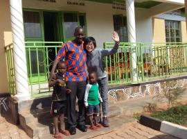 Hotel Photo: Silverback Homestay and Guest House