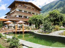 Hotel Photo: L'Hermitage Hotels-Chalets de Tradition