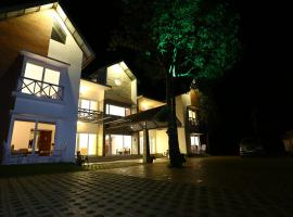 Hotel Photo: Crayons Guest House Munnar