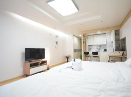 Hotel Photo: Enjoy budget apartment in Gangnam 2