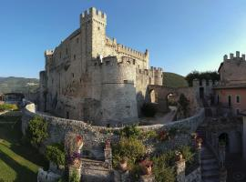 Hotel Photo: Castello Orsini Hotel